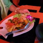 Салат из морепродуктов - 150 рублей